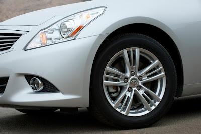 2011 Infiniti G25 Sedan Wheels