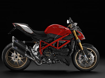 Motorcycles Gallery  Ducati Streetfighter S First Look