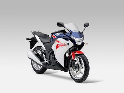 2011 Honda CBR250R Tricolor Special Edition