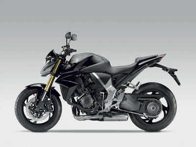 2011 Honda CB1000R Official Pictures