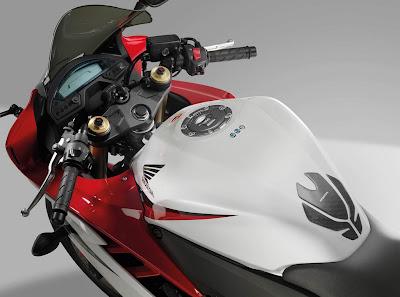 2011 Honda CBR 600F Dash
