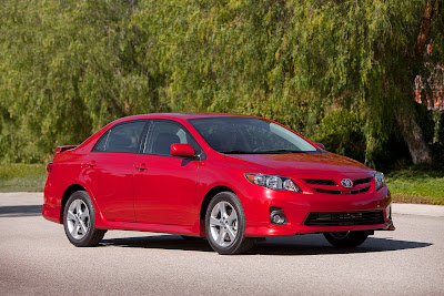 2011 Toyota Corolla Pictures