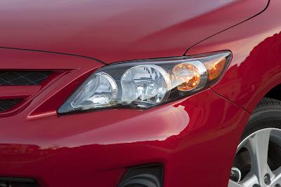 2011 Toyota Corolla Headlights