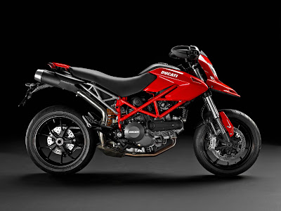 2011 Ducati Hypermotard 796 Red Color