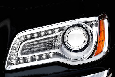 2011 Chrysler 300 Headlight