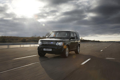 2011 Land Rover Discovery 4 Armoured Official Photos