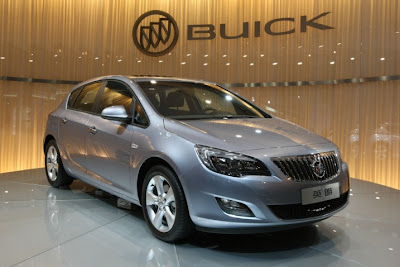 2012 Buick Verano at 2011 Detroit Auto Show