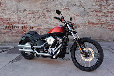 2011 Harley-Davidson FXS Blackline Official Photos