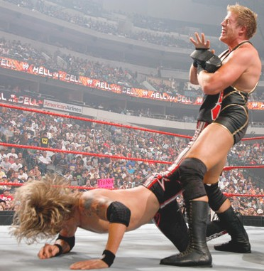 WCC: RING THE BELL! Edge+vs.+Jack+Swagger+hell+in+a+cell+9