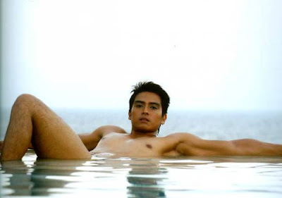 alfred vargas naked photo