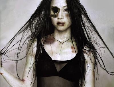 http://3.bp.blogspot.com/_J9PlRvGGXS8/SgDUWfwHLNI/AAAAAAAAAs8/hv85x8pgR-c/s400/Lucy+Liu+Zombie.jpg