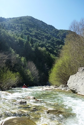 Εικόνες απ' την είσοδο του ποταμού