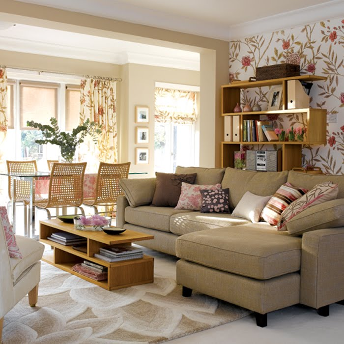 Barrie briggs spang an argument for wallpaper part 5 - Living room feature wall wallpaper ...