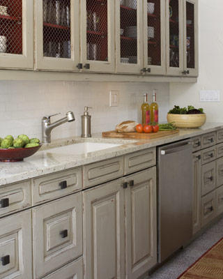 One of my favorite ways to use grey is in the kitchen
