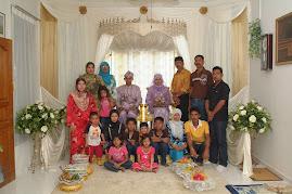 Keluarga Sebelah Miza