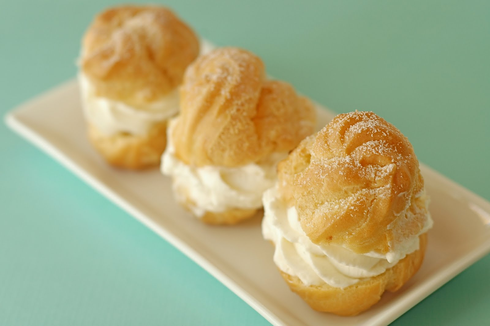 The Unexpected Culinarian: A Little Cream and Puff