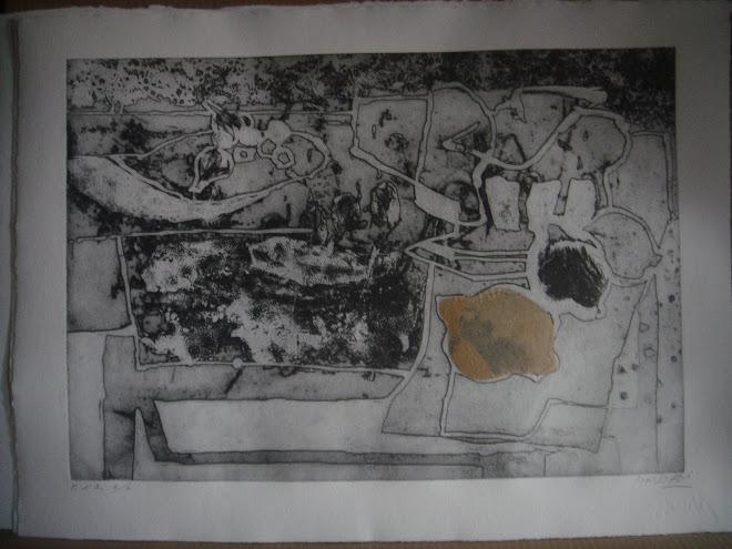 """Gravat """"llimona"""" de l'editor Albert More"""