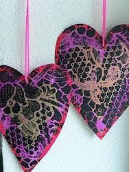 Sådan laver du hjerter med blondemønster....