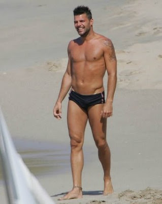 ricky martin in speedo