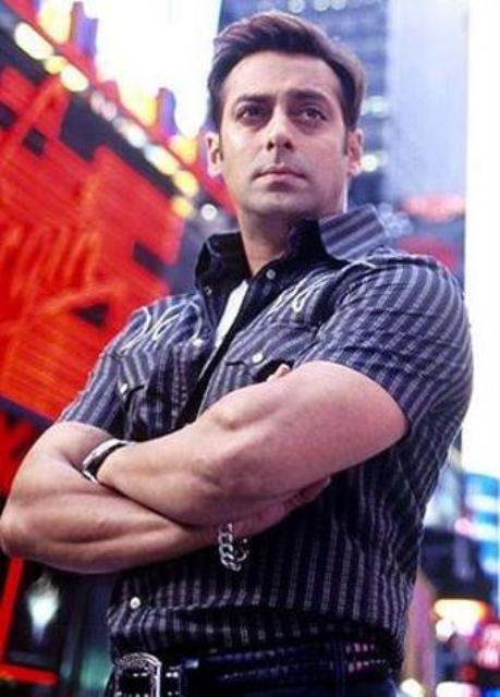 wallpapers of salman khan in tere naam. Salman Khan Bodybuilding