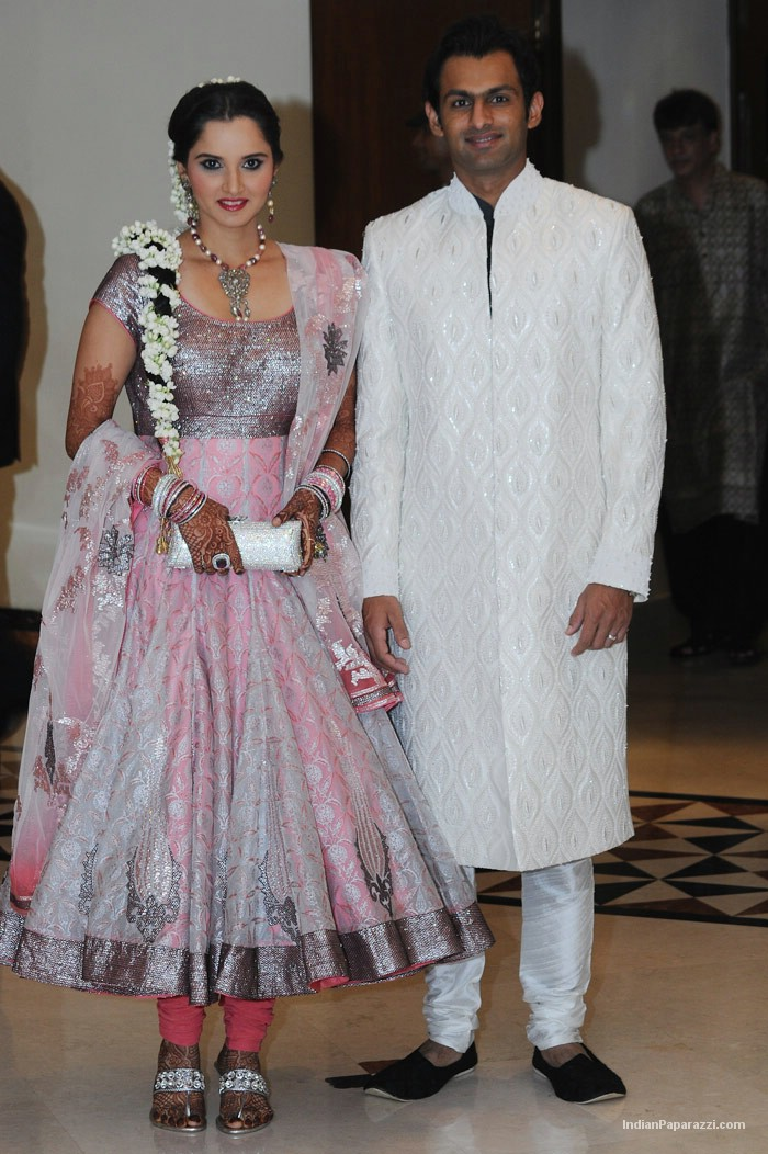Wedding Pictures Of Sania Saeed http://aroundtheworld4u.blogspot.com/2010/04/sania-mirza-sangeet-ceremonypicturesnew.html