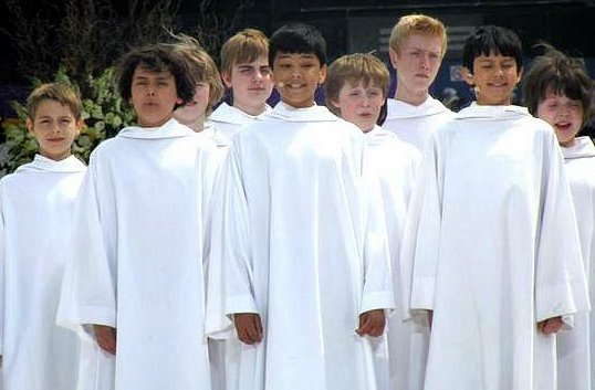 Boys Choir Libera http://liberachoir.blogspot.com/2010_05_01_archive.html