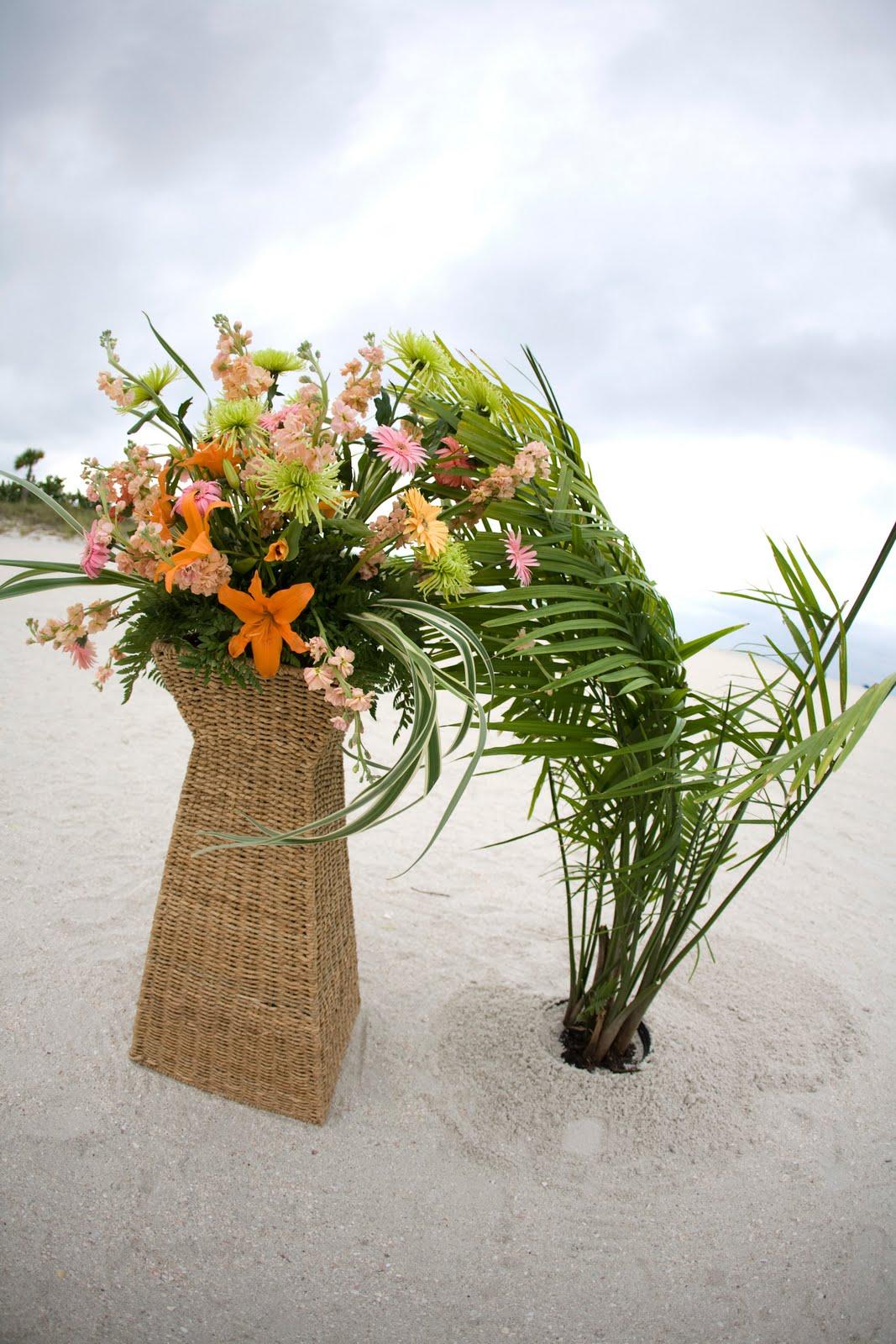 Flowers For Beach Wedding The Bridal Buzz Beach Wedding Flowers At The Sheraton