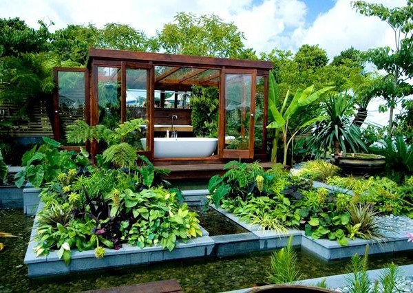 Tropical Outdoor Bathroom Garden