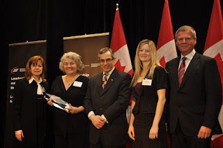 AbbyShot Accepts the SME Innovator of the Year Award at the CME Conference in Ottawa