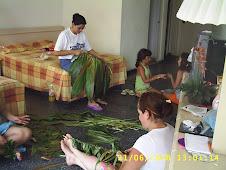 hechura de falda de hojas