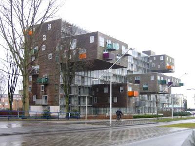 Нидерланды. Оригинальное архитектурное решение. (Фото)