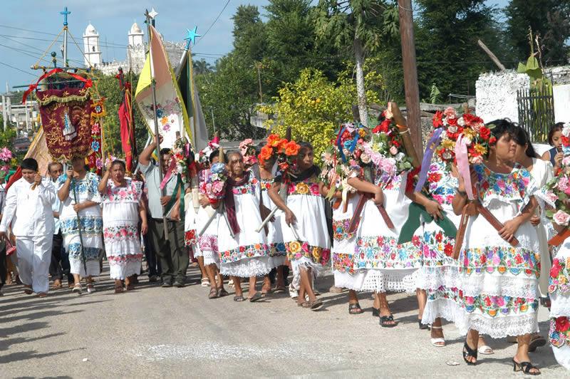 BLOQUE 7 NAHUAS Fiestas20populares20mayas2014