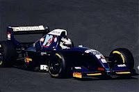 Inoue estréia pela Symtek em 94