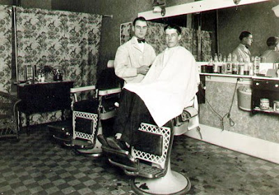 Robinson's Barbershop