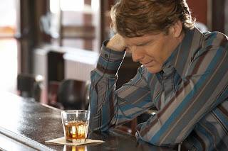 Hilarious Jokes - Man in Bar
