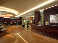 Rude Jokes - Hotel Lobby