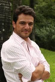 Após Passione, Rodrigo Lombardi quer dar um tempo das novelas
