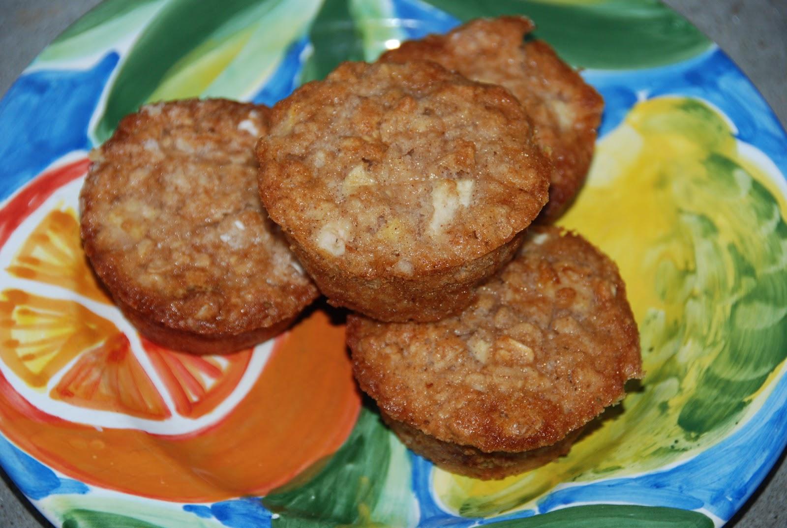 Chickenville: Fresh Apple Maple Muffins
