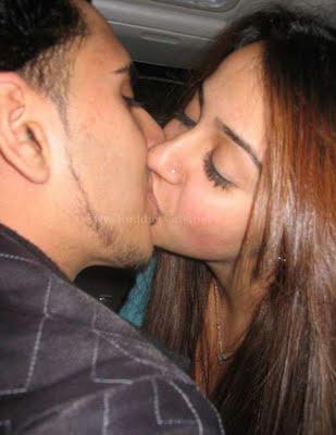 very hot girls kissing № 665231