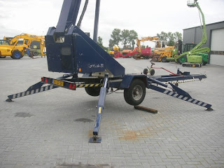 3 717407 Platforma aeriana tractabila montata pe remorca Snorkel MPH21 21 m nacele lifturi platforme de ridicare second hand