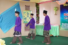Persembahan di Hari Anugerah Cemerlang SMK Bandar T6 Kluang 2010