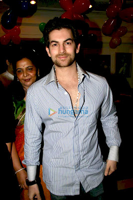 Neil Nitin Mukesh photo