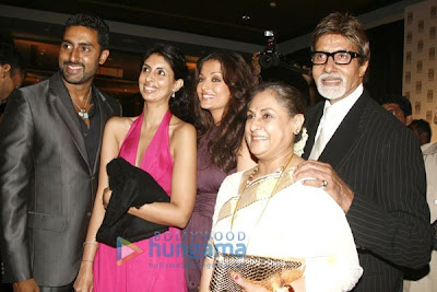 Abhishek Bachchan, Shweta Bachchan, Aishwarya Rai, Jaya Bachchan, Amitabh Bachchan