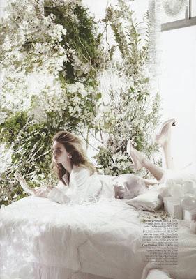 Miranda Kerr photo