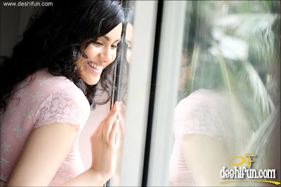 Adah Sharma photo