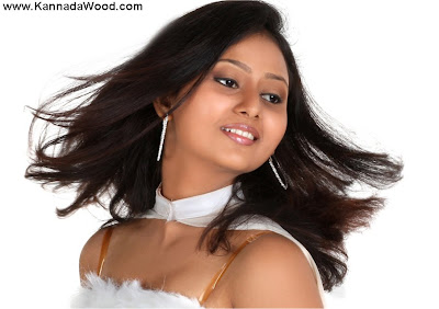 amulya is so beautiful actress
