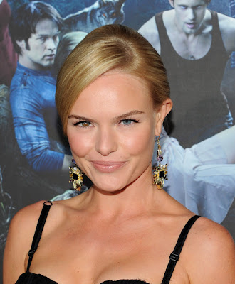 this is  Kate Bosworth  wallpaper