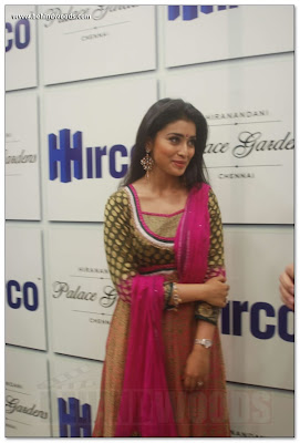 Shriya Saran is so nice