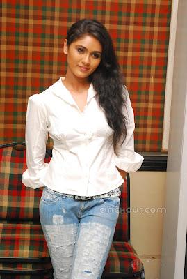 Biyanka Desai is so beautiful