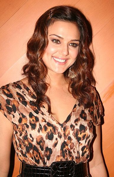 bothroom vedeo scenes of pretty zinta